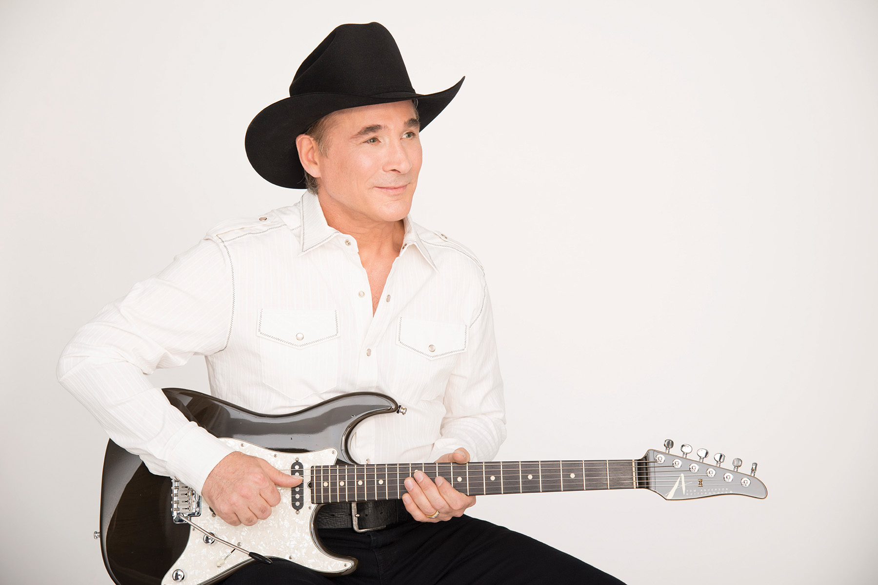 Clint Black to play Li...