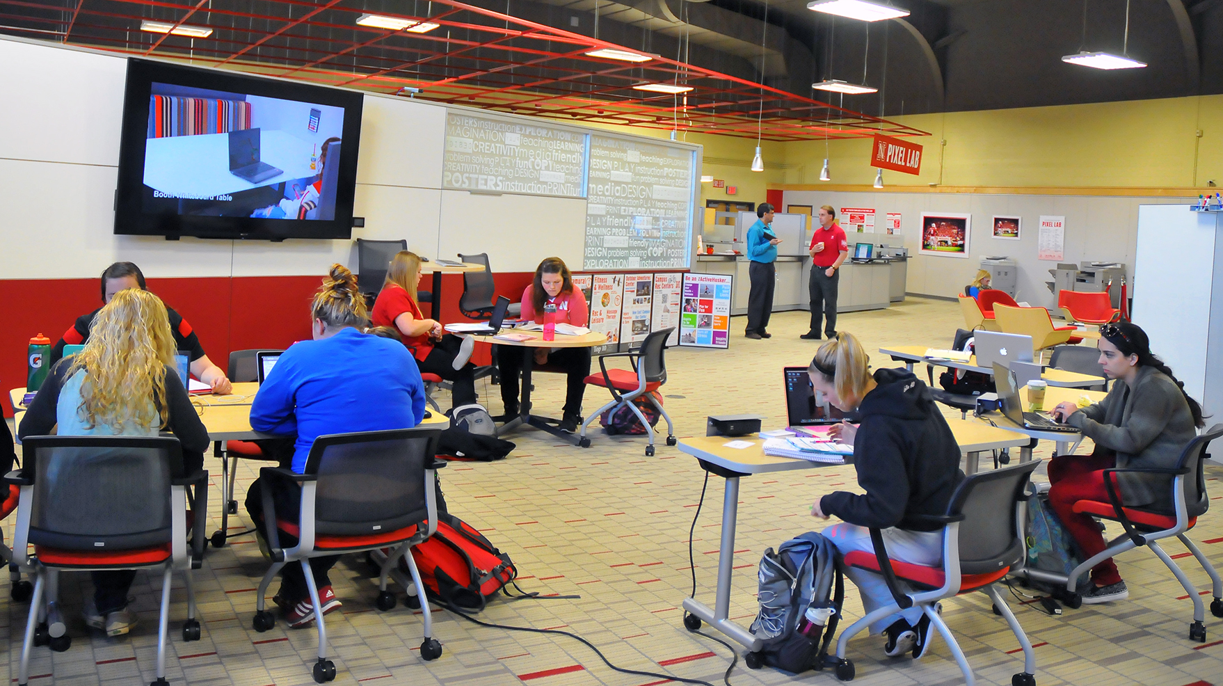 Collaborative Teaching Laboratory : Pixel lab combines collaboration space creative services
