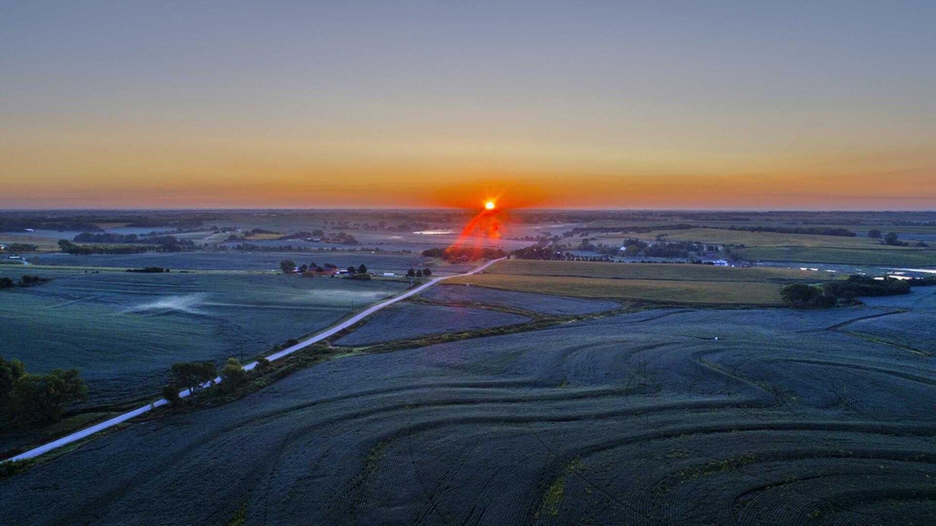 Nebraska ag land values decline for fourth-straight year