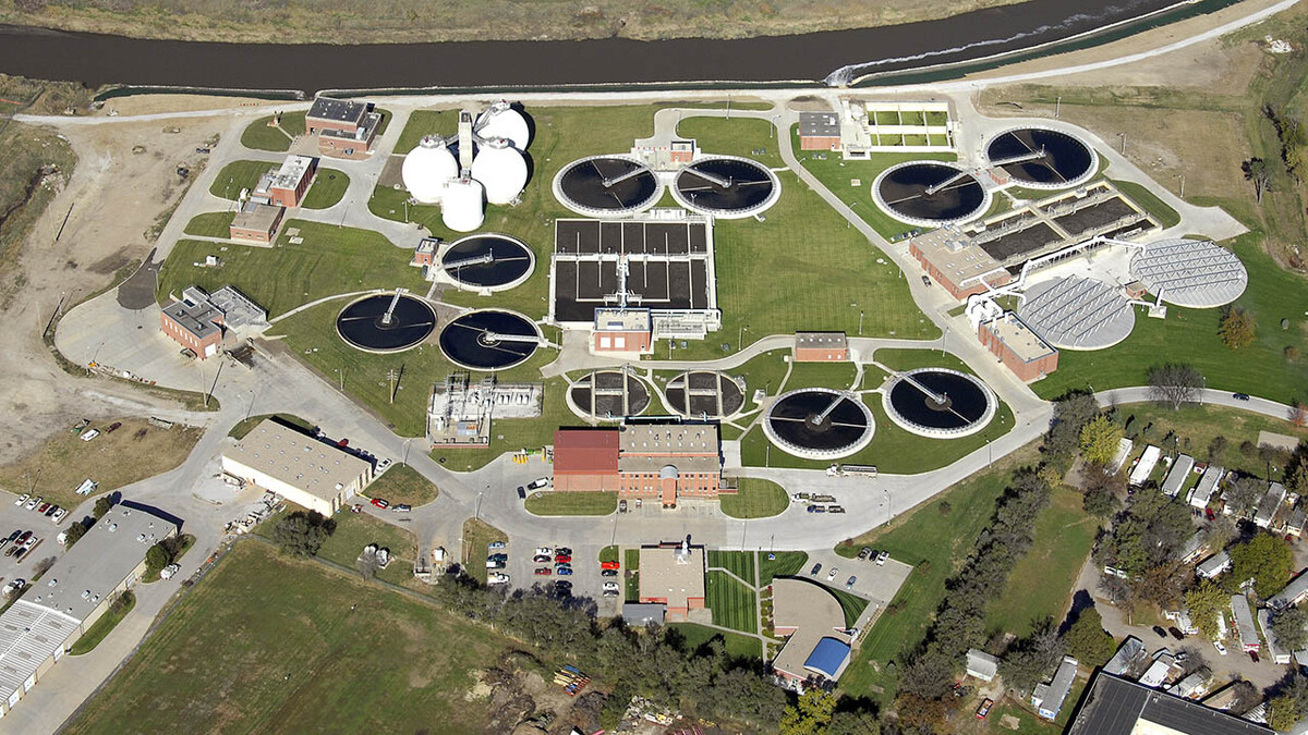 Nebraska researchers partner with Lincoln Wastewater for early virus detection