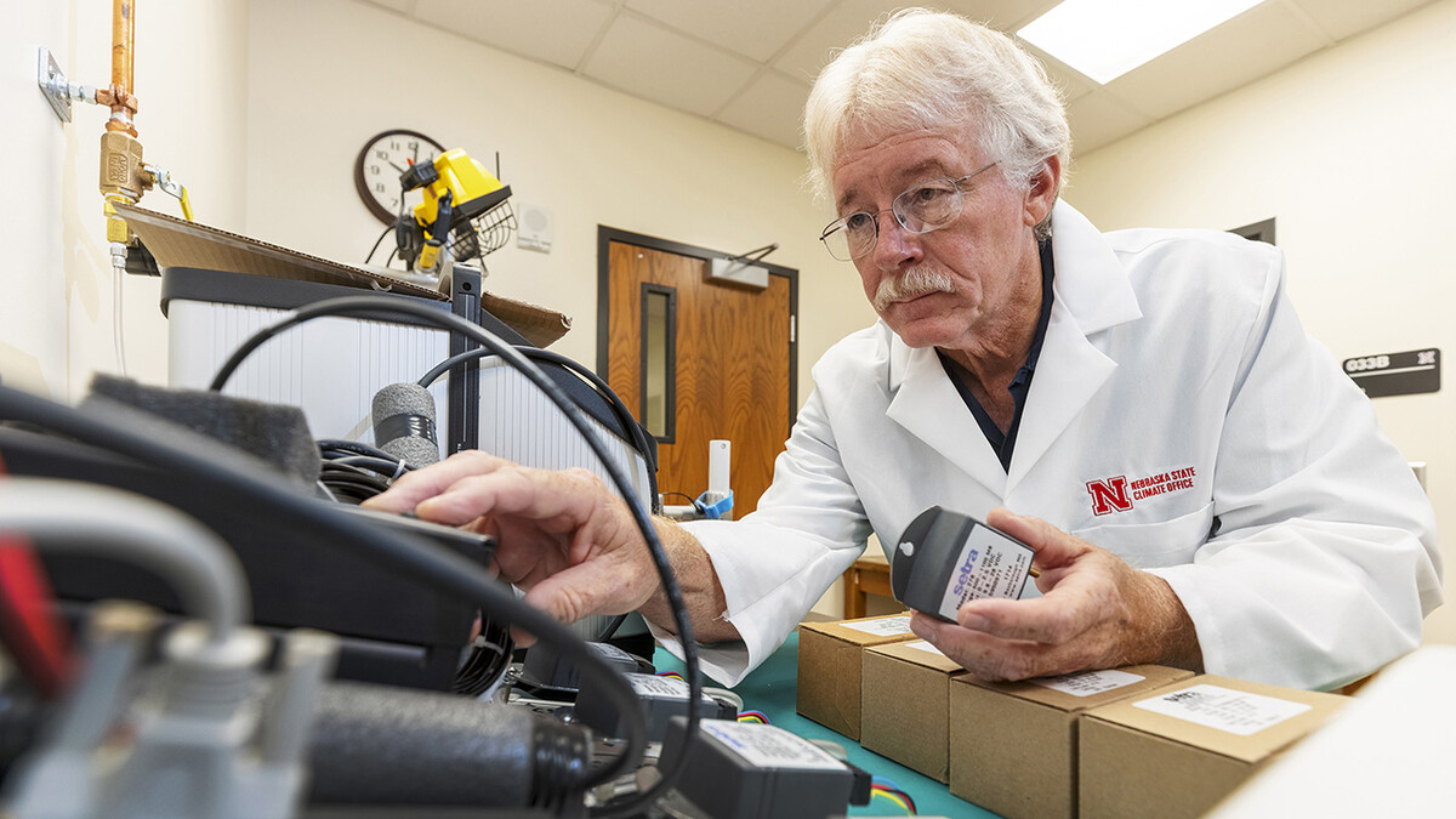 Nebraska State Climate Office develops weather sensor calibration lab