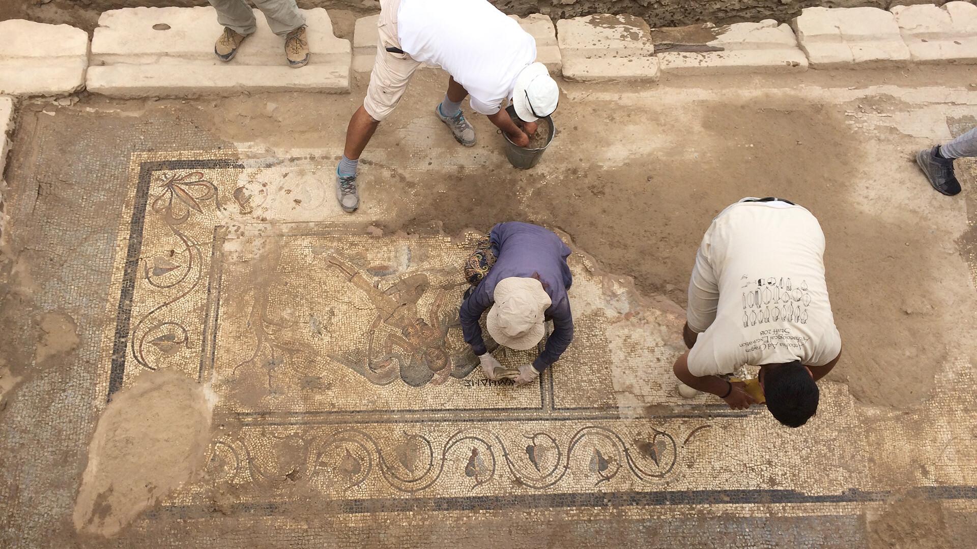 Nebraska team discovers 'extraordinary' Roman mosaic in Turkey