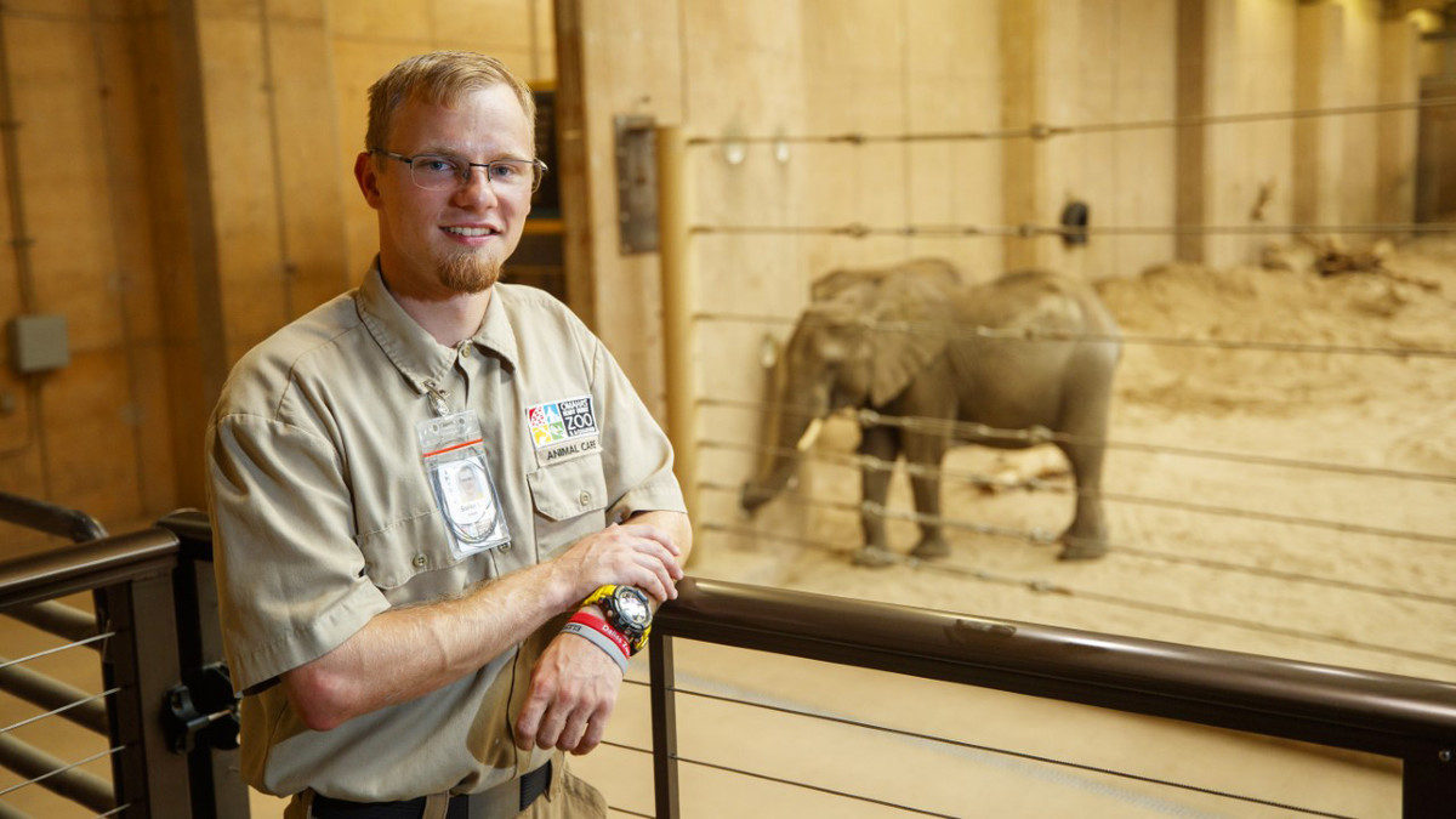 Nebraska experience propels Lechnowsky's elephant, conservation focus