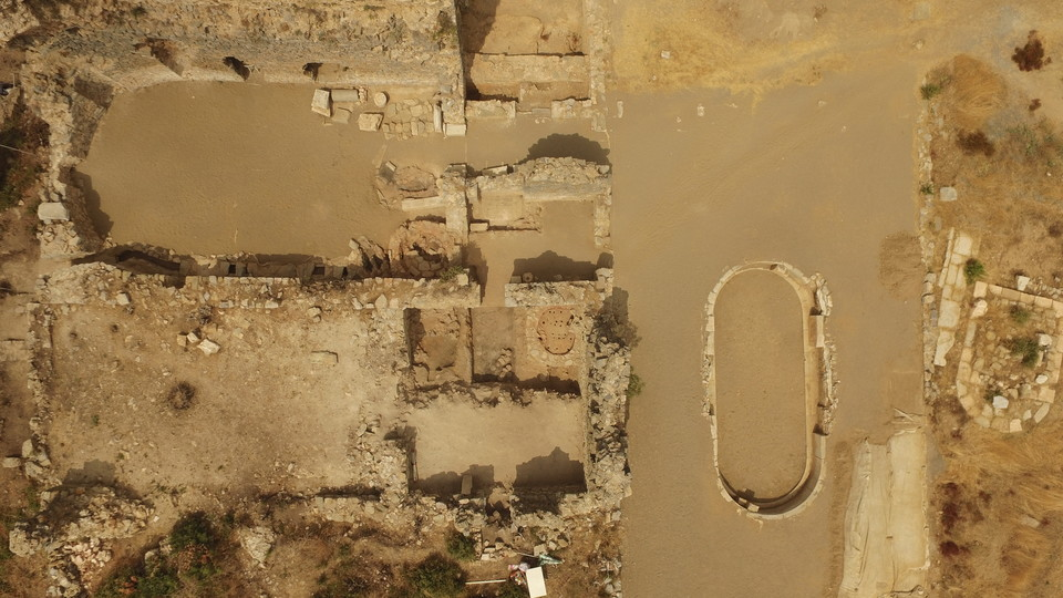A drone view of the bath complex with a cluster of Late Roman pottery kilns visible.
