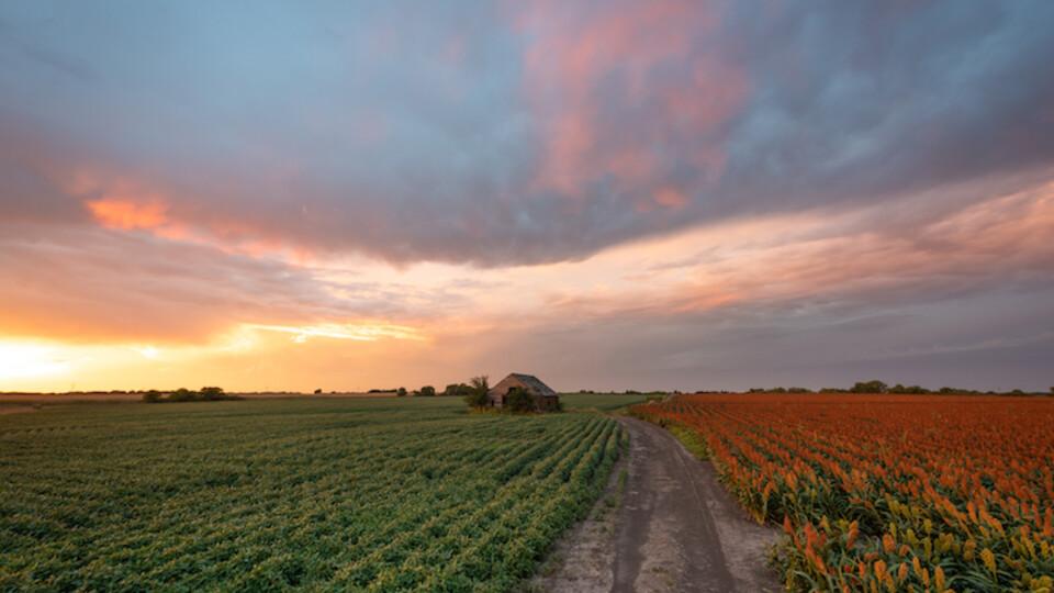 The report features images from Nebraska landscape photographer Erik Johnson like this one captured near Wilber, Nebraska.