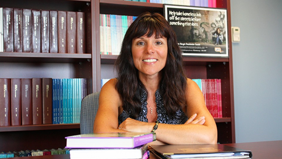 Kimberly Tyler, professor of sociology, received a $400,000 grant to use a text-messaging system to study substance use among teens and young adults living on the streets of Omaha and Lincoln.