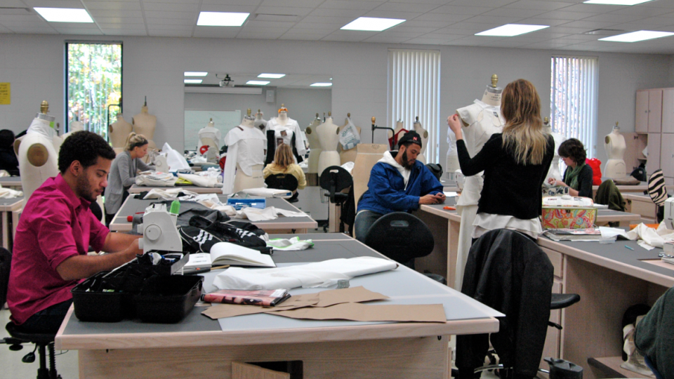 Renovated Space Expands Opportunity For Textiles Clothing And Design Students Nebraska Today University Of Nebraska Lincoln