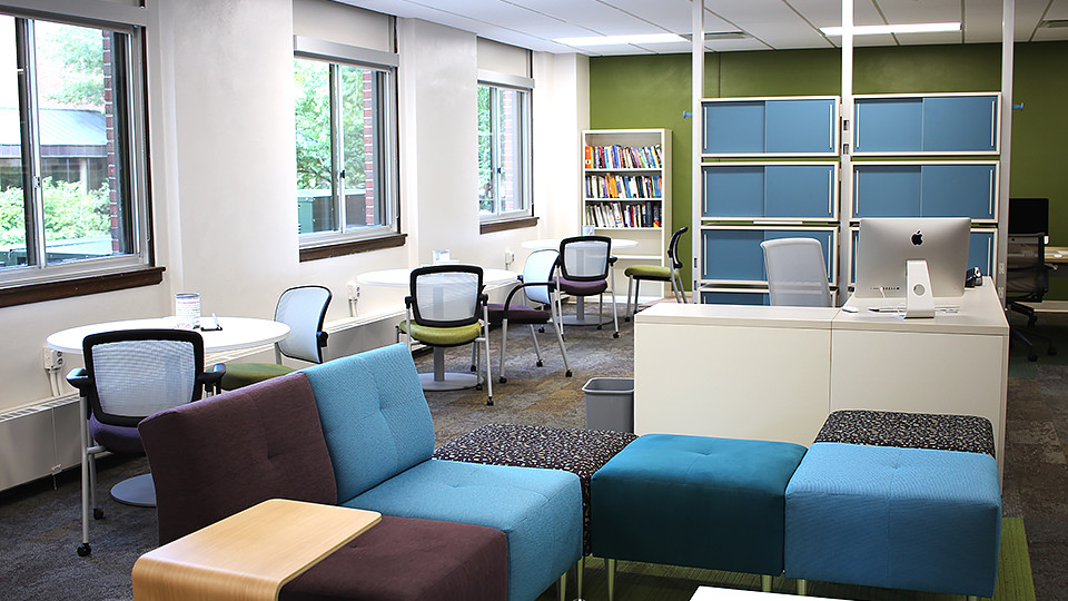 The Writing Center awaiting visitors