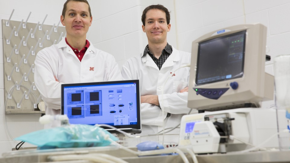 Ben Terry, Assistant Professor, Department of Mechanical and Materials Engineering, and graduate student Nathan Legband, in the small animal operating room. The Jan. 15 edition of the journal Biomaterials included work by UNL's Ben Terry, assistant professor of mechanical and materials engineering, and Mark Borden, CU associate professor of mechanical engineering, who collaborated to develop a new way for providing oxygen to people whose lungs cease to function.