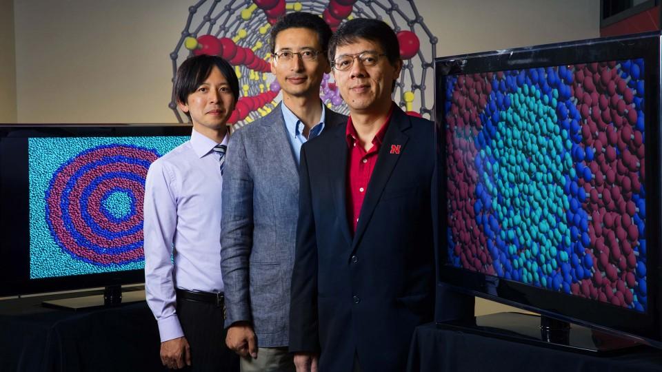Noriyoshi Arai (left), Kenji Yasuoka and Xiao Cheng Zeng