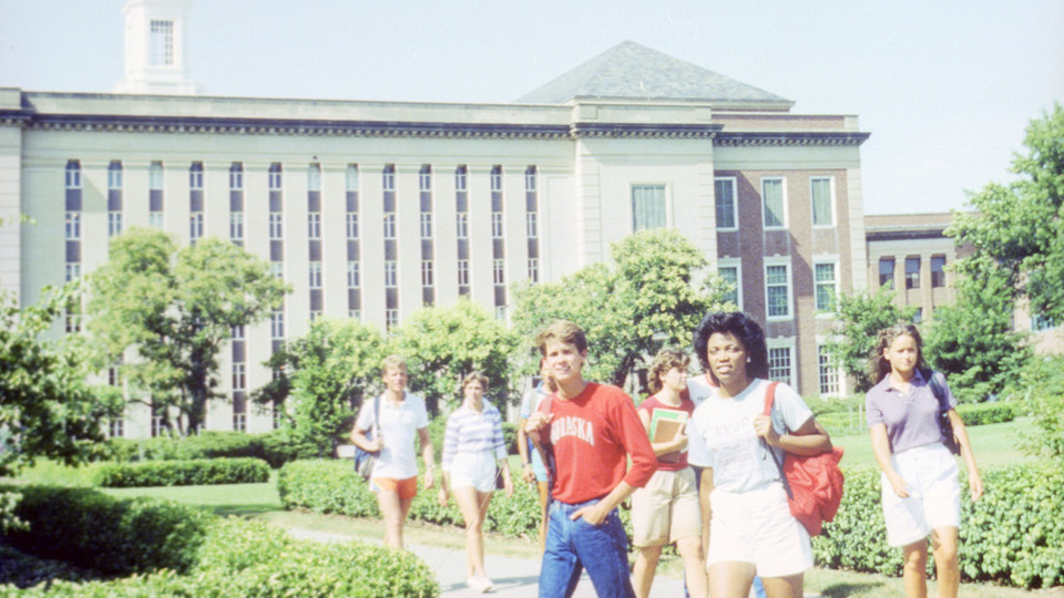 University of Nebraska–Lincoln students walk in front of Love Library in 1984.