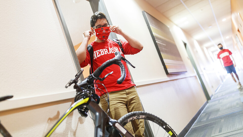 The University of Nebraska–Lincoln expects about 5,500 students will move into its 14 residence halls by Aug. 16. With about 4,000 of the new arrivals anticipated between Aug. 13 and Aug. 16, the university for the first time is instituting curbside move-in.