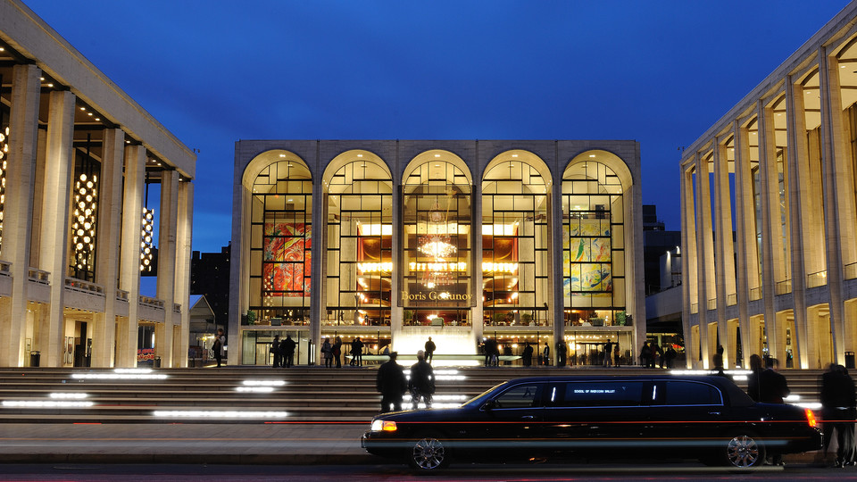 A documentary showing Jan. 13 and 17 at the Ross explores the 52-year history of New York City's Metropolitan Opera House.