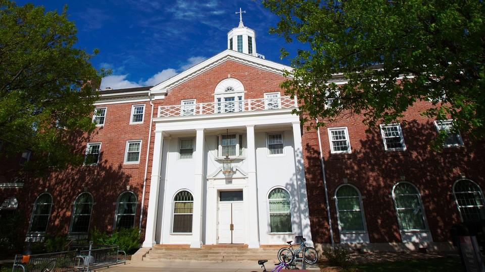Neihardt Hall, home to Nebraska's University Honors Program.