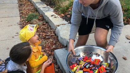 Greek chapters host trick or treat for kids