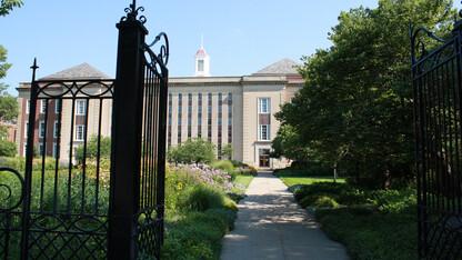 Libraries' 'unworkshops' explore research topics for grad students