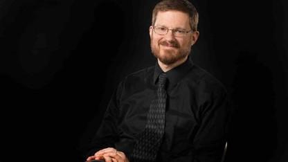 Marks recital includes premiere of Knecht piece