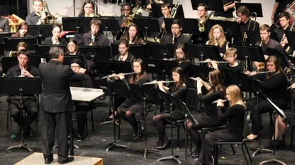 Symphonic Band presents 'I Raise My Song To You'