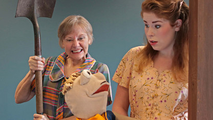 Theater students stage 'Fuddy Meers'