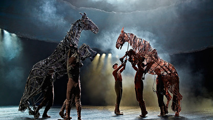 Ross hosts live broadcast of 'War Horse'