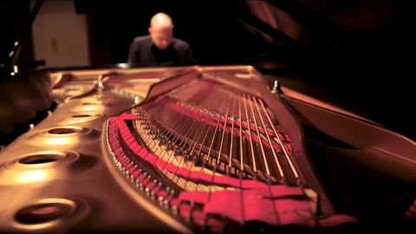 New Generations: Paul Barnes performs Philip Glass Etude No. 8