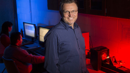 Team finds less is more when mixing graphene, nanofibers