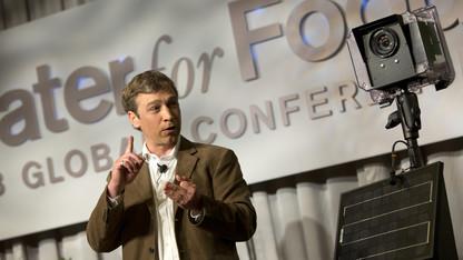 Forsberg receives national award from Sierra Club