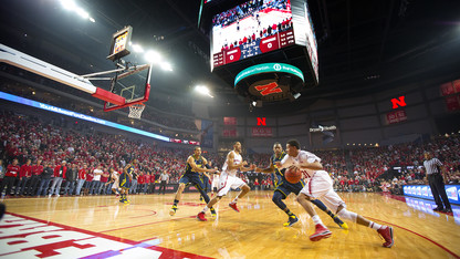Huskers accepting faculty/staff applications for men's basketball tickets