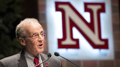 Perlman hails UNL's progress, plans in annual address