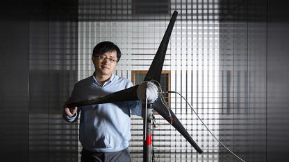 Engineers earn $1.5M to develop wind turbine monitors