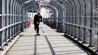 Project to temporarily close 10th Street pedestrian bridge