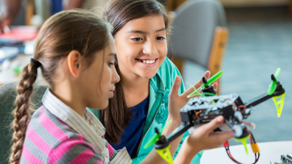 Project aims to shape kids' attitudes toward engineering