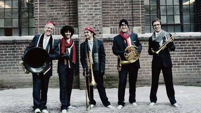 Canadian Brass brings holiday show to the Lied