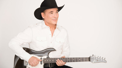 Clint Black to play Lied Center