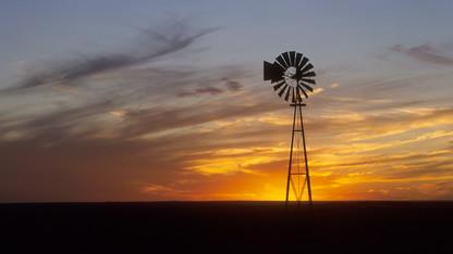Nebraska farmers face stressful loan renewal season