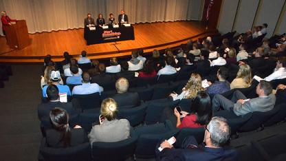 Four alumni to speak at Executive Insights panel April 13