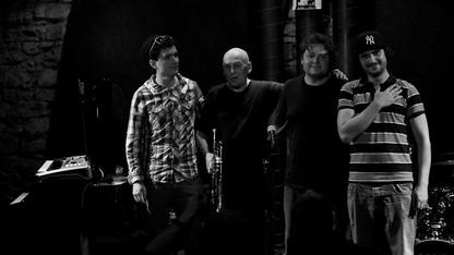 Jazz musician Laco Deczi to perform, speak
