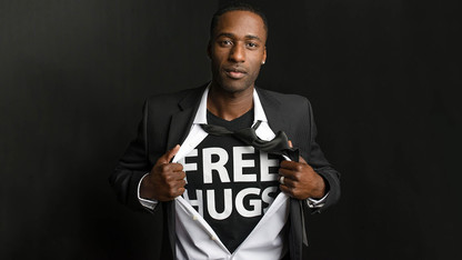 Free Hugs Project founder to speak at Nebraska