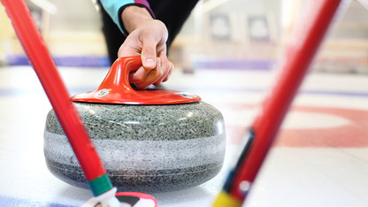 Nebraska club hosts first curling tourney