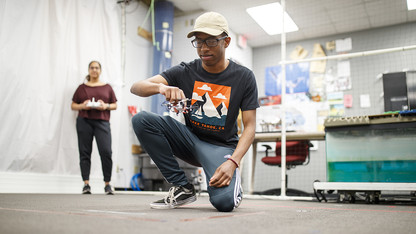 Program sparks research opportunities for first-year students