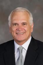 Farrell to join UNL as senior international adviser