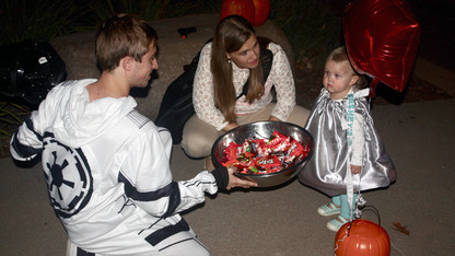 Greek chapters host annual trick-or-treat for kids