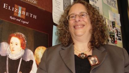 Faculty earn teaching awards