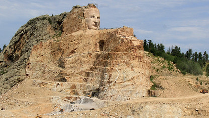 Book discussion to include Crazy Horse family, author