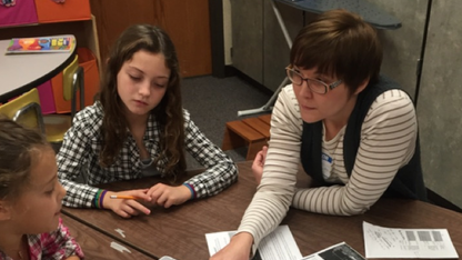 Students swarm to UNL entomologist for class project