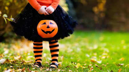 Greek houses to host trick-or-treat event