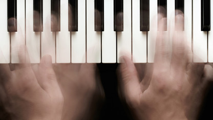 Wristen co-authors guide to aid small-handed pianists