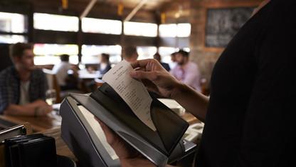 University adjusts travel meal reimbursement policy