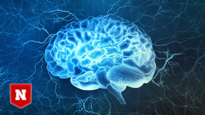 How does attention impact false memory susceptibility?