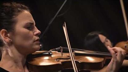 Chiaras Play Bartok 2 by Heart